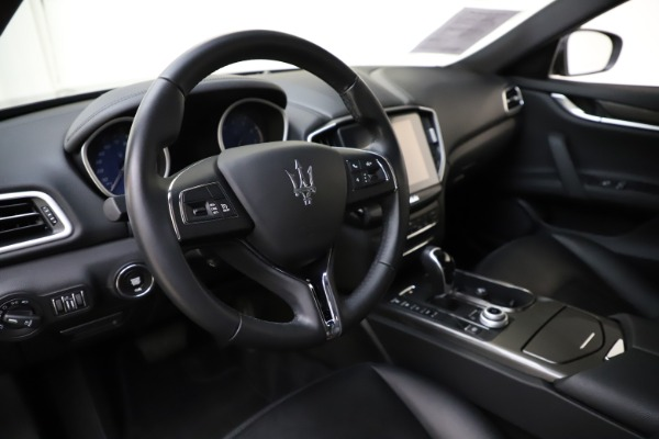 Used 2017 Maserati Ghibli S Q4 for sale $42,900 at Pagani of Greenwich in Greenwich CT 06830 13