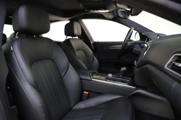 Used 2017 Maserati Ghibli S Q4 for sale $42,900 at Pagani of Greenwich in Greenwich CT 06830 22