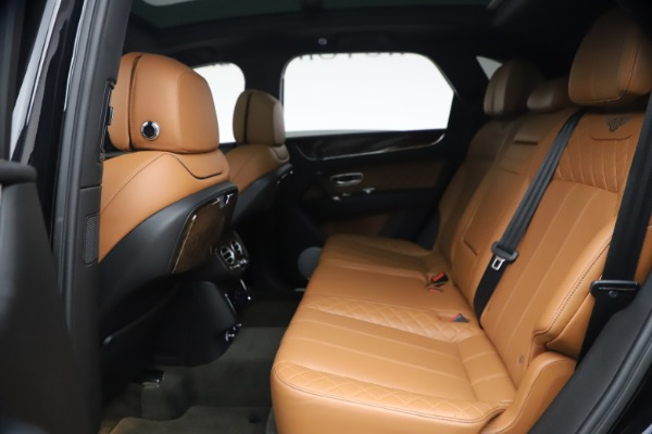 Used 2017 Bentley Bentayga W12 for sale $126,900 at Pagani of Greenwich in Greenwich CT 06830 23