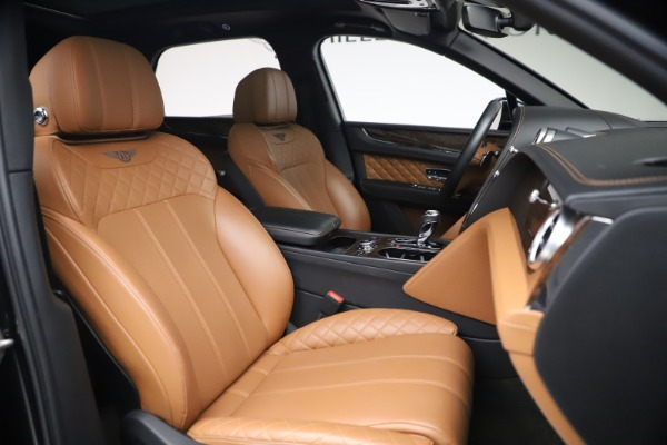 Used 2017 Bentley Bentayga W12 for sale $126,900 at Pagani of Greenwich in Greenwich CT 06830 28
