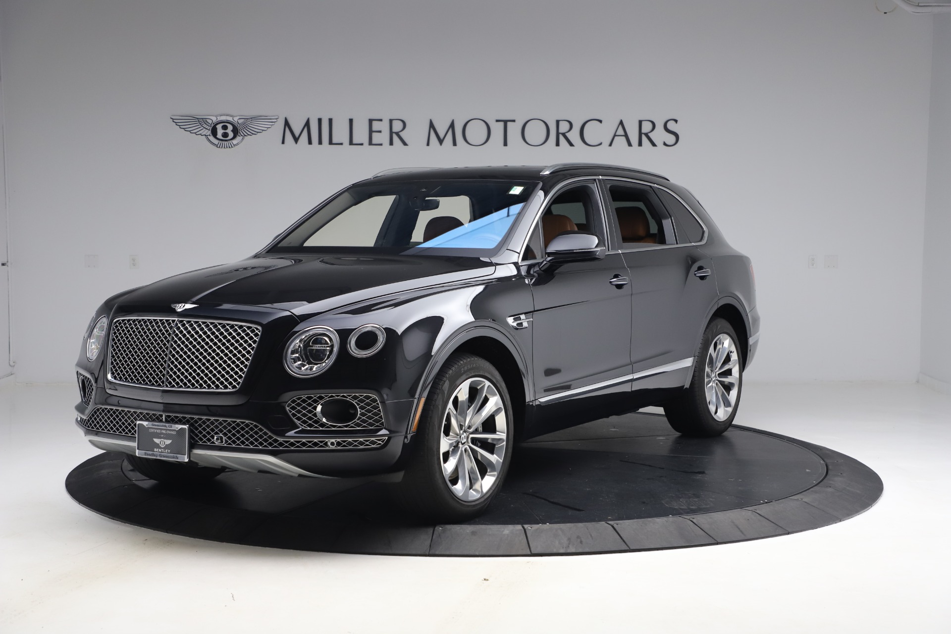 Used 2017 Bentley Bentayga W12 for sale $126,900 at Pagani of Greenwich in Greenwich CT 06830 1