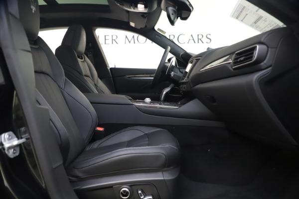 New 2021 Maserati Levante S Q4 GranSport for sale $107,135 at Pagani of Greenwich in Greenwich CT 06830 24