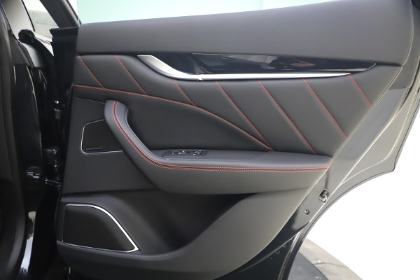 New 2021 Maserati Levante Q4 GranSport for sale $92,485 at Pagani of Greenwich in Greenwich CT 06830 18