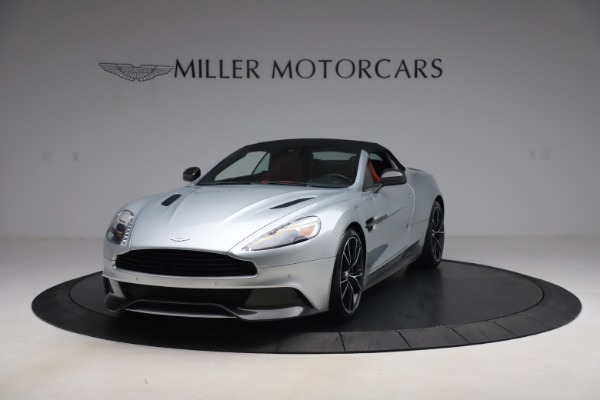 Used 2014 Aston Martin Vanquish Volante for sale $129,900 at Pagani of Greenwich in Greenwich CT 06830 14
