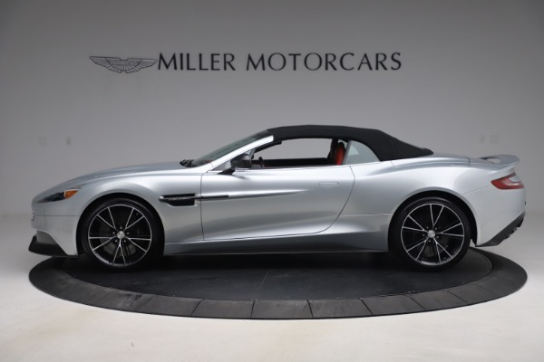 Used 2014 Aston Martin Vanquish Volante for sale $129,900 at Pagani of Greenwich in Greenwich CT 06830 16