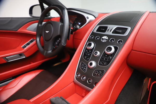 Used 2014 Aston Martin Vanquish Volante for sale $129,900 at Pagani of Greenwich in Greenwich CT 06830 25