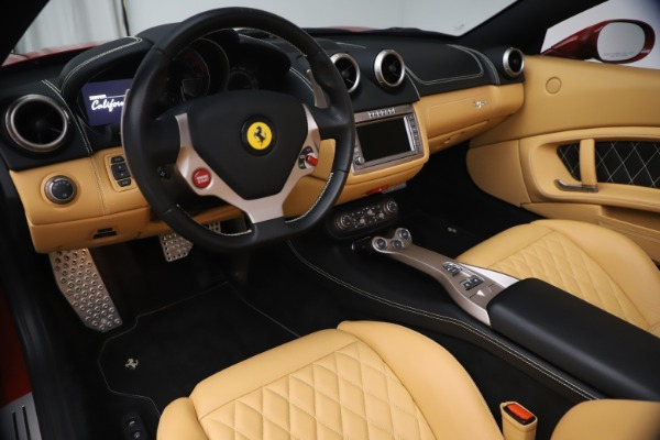 Used 2014 Ferrari California 30 for sale $133,900 at Pagani of Greenwich in Greenwich CT 06830 19
