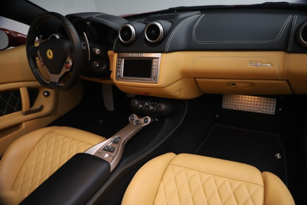 Used 2014 Ferrari California 30 for sale $133,900 at Pagani of Greenwich in Greenwich CT 06830 24