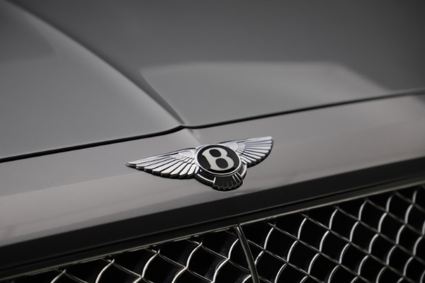 Used 2018 Bentley Bentayga W12 Signature for sale $149,900 at Pagani of Greenwich in Greenwich CT 06830 15