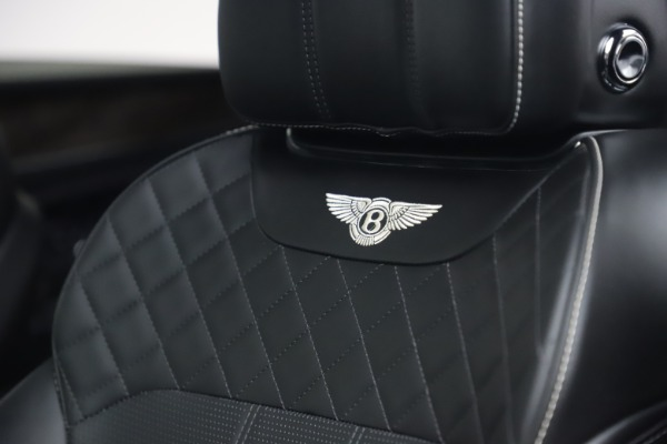 Used 2018 Bentley Bentayga W12 Signature for sale $149,900 at Pagani of Greenwich in Greenwich CT 06830 21