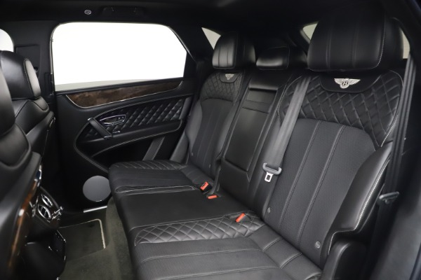 Used 2018 Bentley Bentayga W12 Signature for sale $149,900 at Pagani of Greenwich in Greenwich CT 06830 24