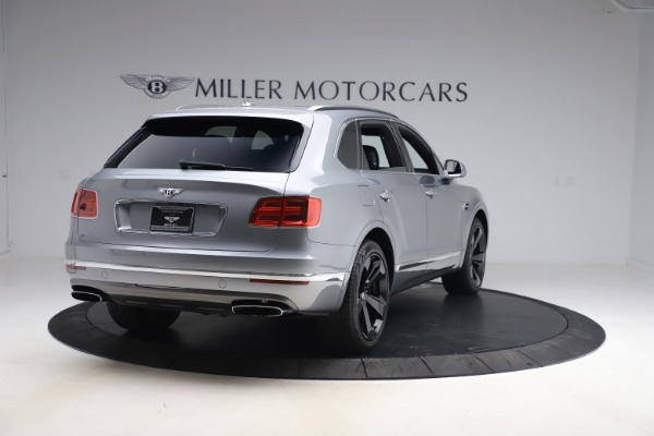 Used 2018 Bentley Bentayga W12 Signature for sale $149,900 at Pagani of Greenwich in Greenwich CT 06830 8