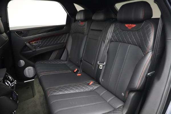 Used 2018 Bentley Bentayga Black Edition for sale $169,900 at Pagani of Greenwich in Greenwich CT 06830 22