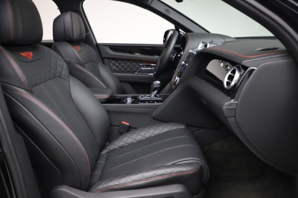 Used 2018 Bentley Bentayga Black Edition for sale $169,900 at Pagani of Greenwich in Greenwich CT 06830 25