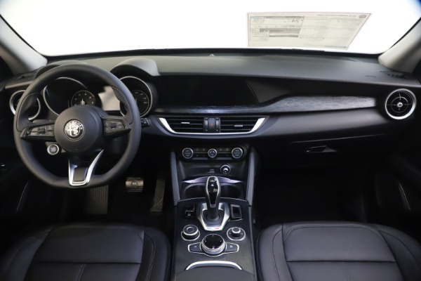 New 2020 Alfa Romeo Stelvio Q4 for sale Sold at Pagani of Greenwich in Greenwich CT 06830 16