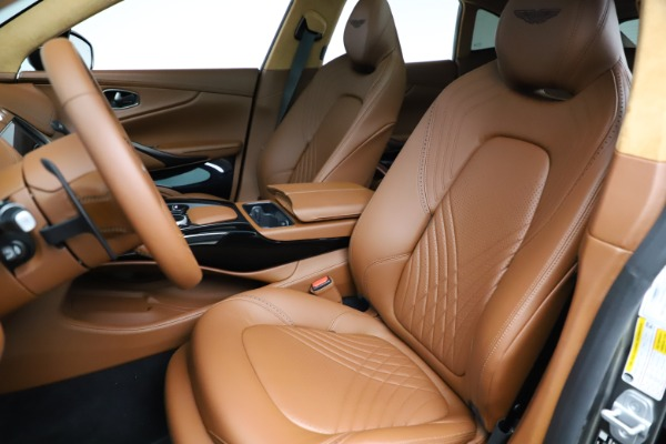 New 2021 Aston Martin DBX for sale $226,136 at Pagani of Greenwich in Greenwich CT 06830 14