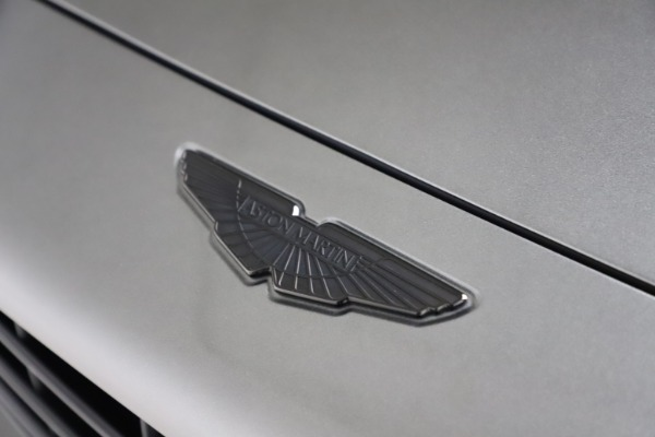 New 2021 Aston Martin DBX for sale $226,136 at Pagani of Greenwich in Greenwich CT 06830 21