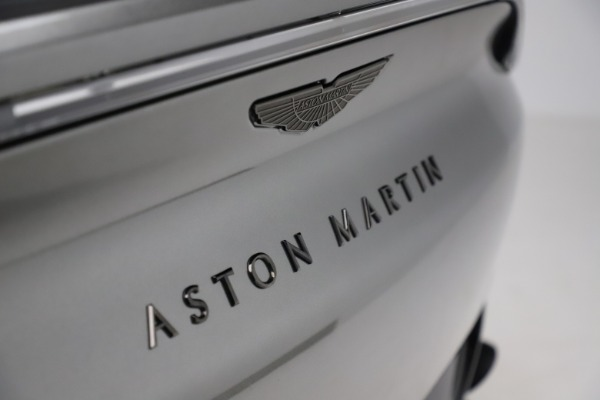 New 2021 Aston Martin DBX for sale $226,136 at Pagani of Greenwich in Greenwich CT 06830 22