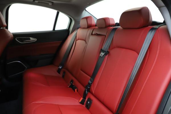 New 2021 Alfa Romeo Giulia Q4 for sale $48,035 at Pagani of Greenwich in Greenwich CT 06830 19