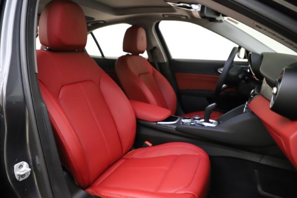 New 2021 Alfa Romeo Giulia Q4 for sale $48,035 at Pagani of Greenwich in Greenwich CT 06830 22