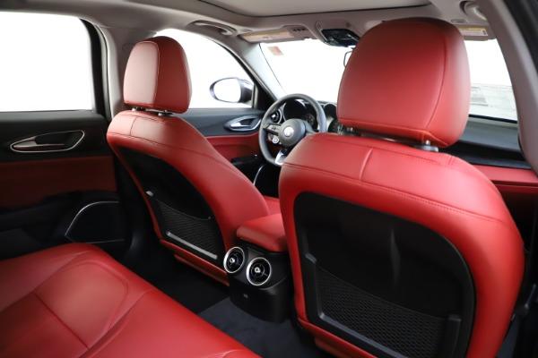 New 2021 Alfa Romeo Giulia Q4 for sale $48,035 at Pagani of Greenwich in Greenwich CT 06830 27