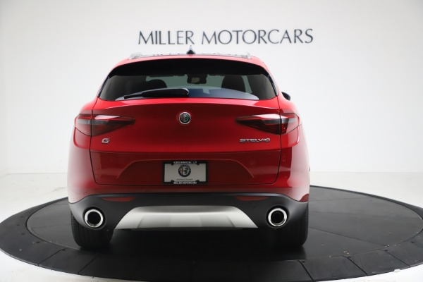 New 2021 Alfa Romeo Stelvio Q4 for sale $47,735 at Pagani of Greenwich in Greenwich CT 06830 6