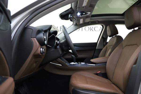 New 2021 Alfa Romeo Stelvio Q4 for sale $48,835 at Pagani of Greenwich in Greenwich CT 06830 16