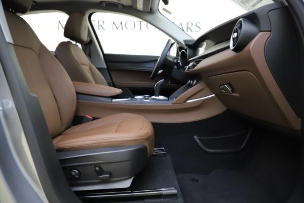 New 2021 Alfa Romeo Stelvio Q4 for sale $48,835 at Pagani of Greenwich in Greenwich CT 06830 22