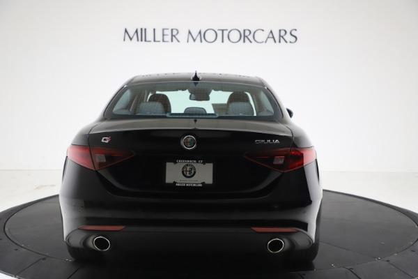 New 2021 Alfa Romeo Giulia Q4 for sale $45,140 at Pagani of Greenwich in Greenwich CT 06830 6
