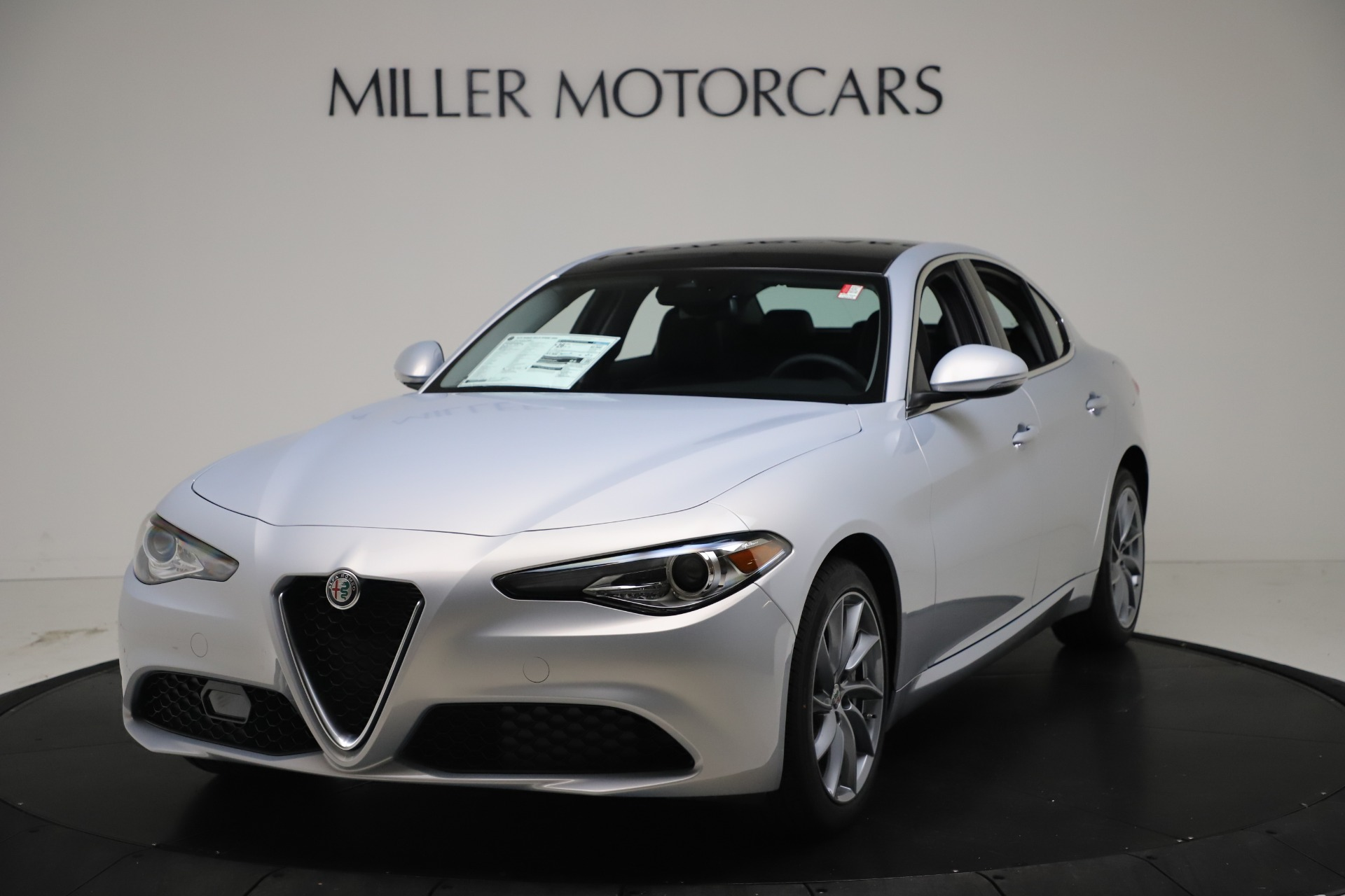 New 2021 Alfa Romeo Giulia Q4 for sale $46,490 at Pagani of Greenwich in Greenwich CT 06830 1