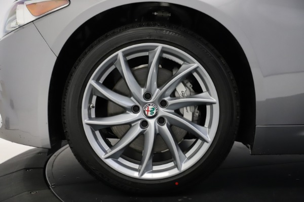 New 2021 Alfa Romeo Giulia Q4 for sale $47,085 at Pagani of Greenwich in Greenwich CT 06830 27