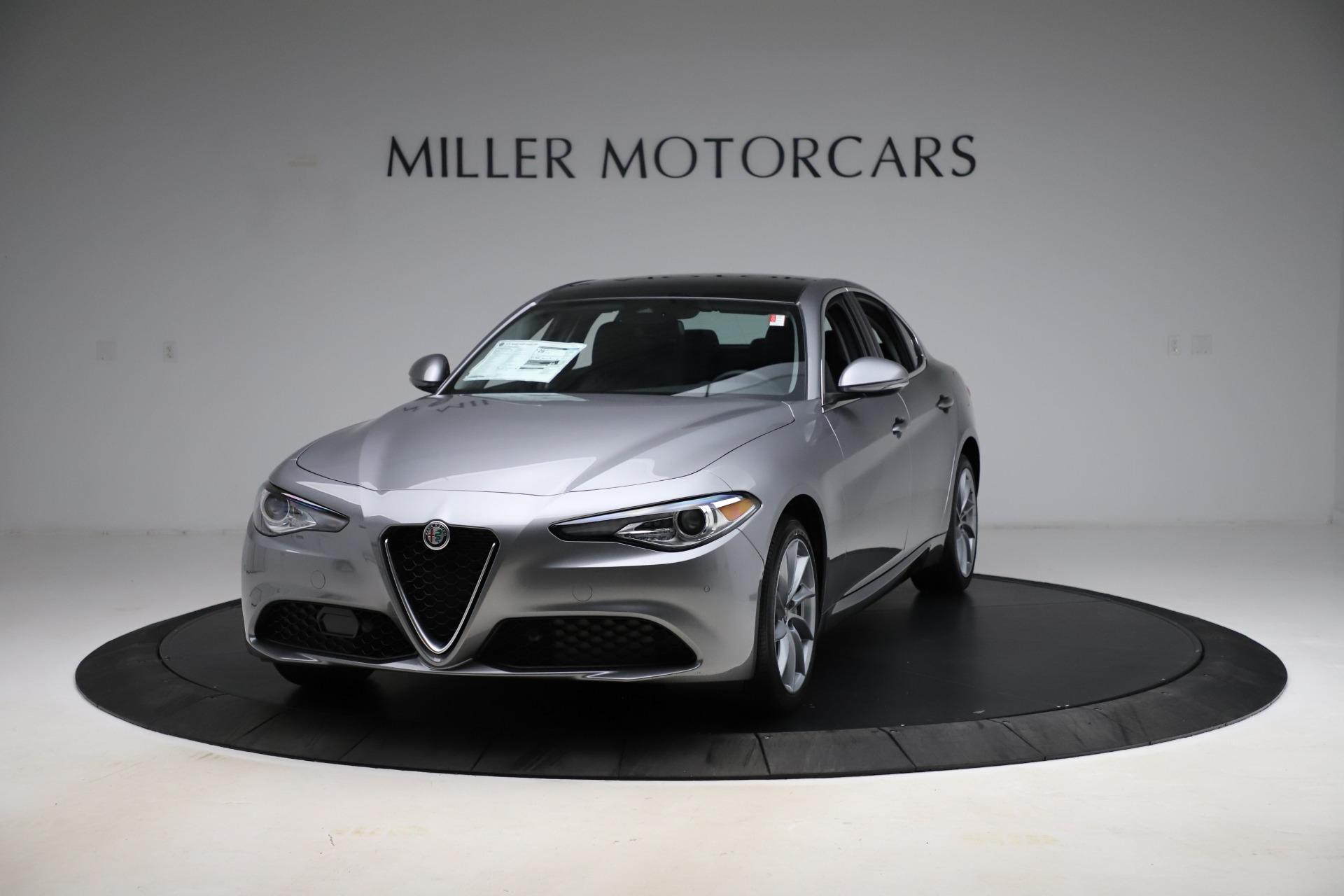 New 2021 Alfa Romeo Giulia Q4 for sale $47,085 at Pagani of Greenwich in Greenwich CT 06830 1