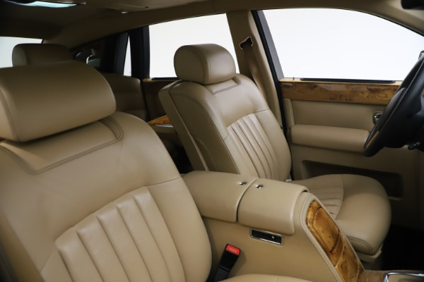 Used 2006 Rolls-Royce Phantom for sale $109,900 at Pagani of Greenwich in Greenwich CT 06830 22