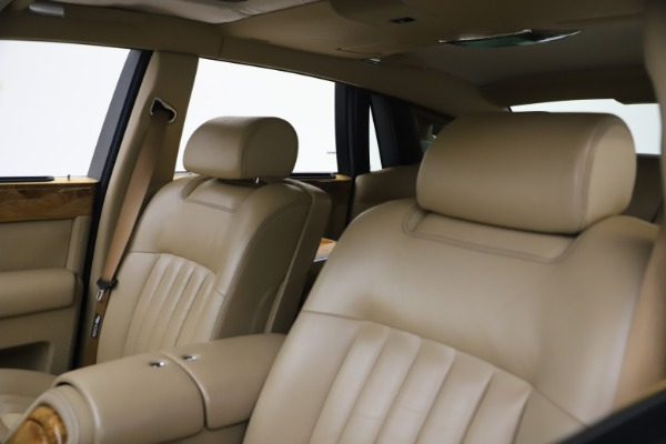 Used 2006 Rolls-Royce Phantom for sale $109,900 at Pagani of Greenwich in Greenwich CT 06830 23