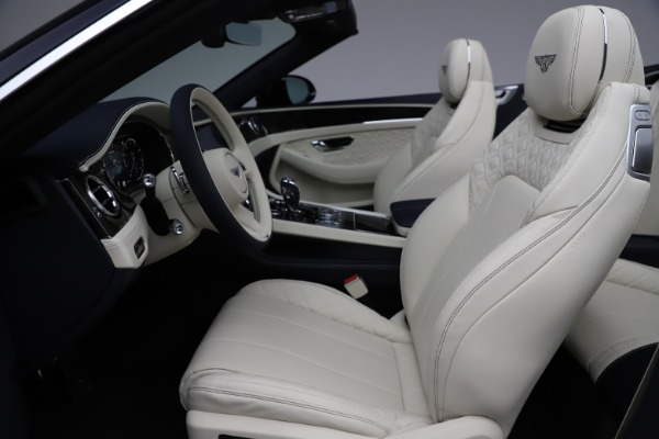New 2021 Bentley Continental GT V8 for sale $276,830 at Pagani of Greenwich in Greenwich CT 06830 26