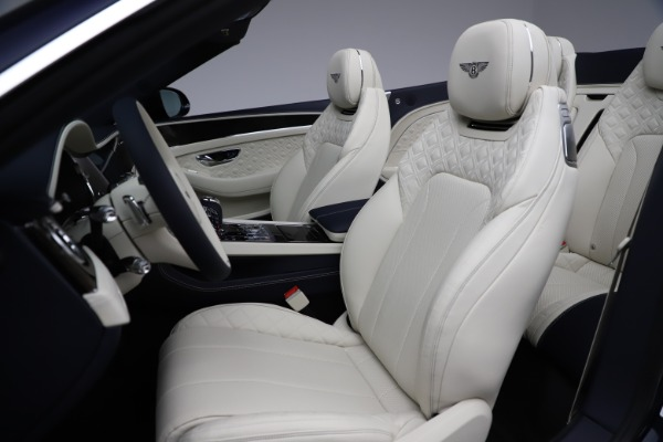 New 2021 Bentley Continental GT V8 for sale $276,830 at Pagani of Greenwich in Greenwich CT 06830 27