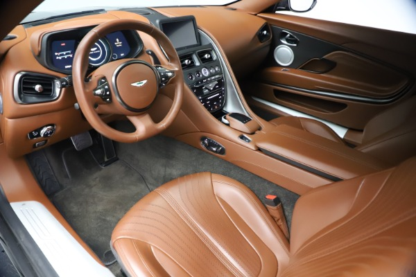 Used 2017 Aston Martin DB11 V12 Coupe for sale $134,900 at Pagani of Greenwich in Greenwich CT 06830 13