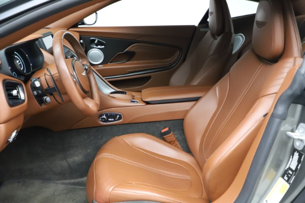 Used 2017 Aston Martin DB11 V12 Coupe for sale $134,900 at Pagani of Greenwich in Greenwich CT 06830 14