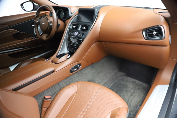 Used 2017 Aston Martin DB11 V12 Coupe for sale $134,900 at Pagani of Greenwich in Greenwich CT 06830 19