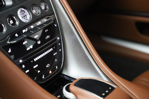 Used 2017 Aston Martin DB11 V12 Coupe for sale $134,900 at Pagani of Greenwich in Greenwich CT 06830 27