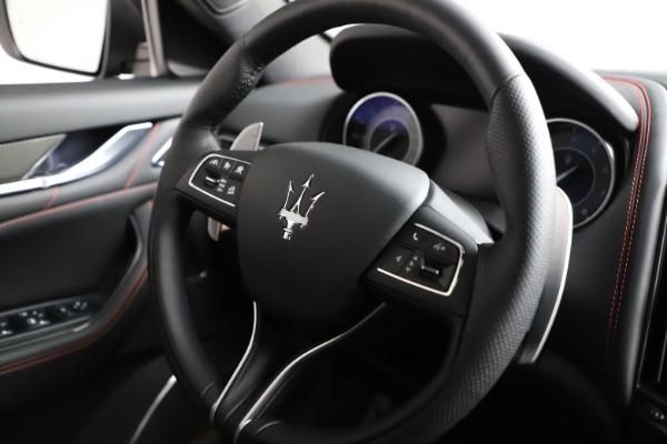New 2021 Maserati Levante Q4 GranSport for sale $94,985 at Pagani of Greenwich in Greenwich CT 06830 24