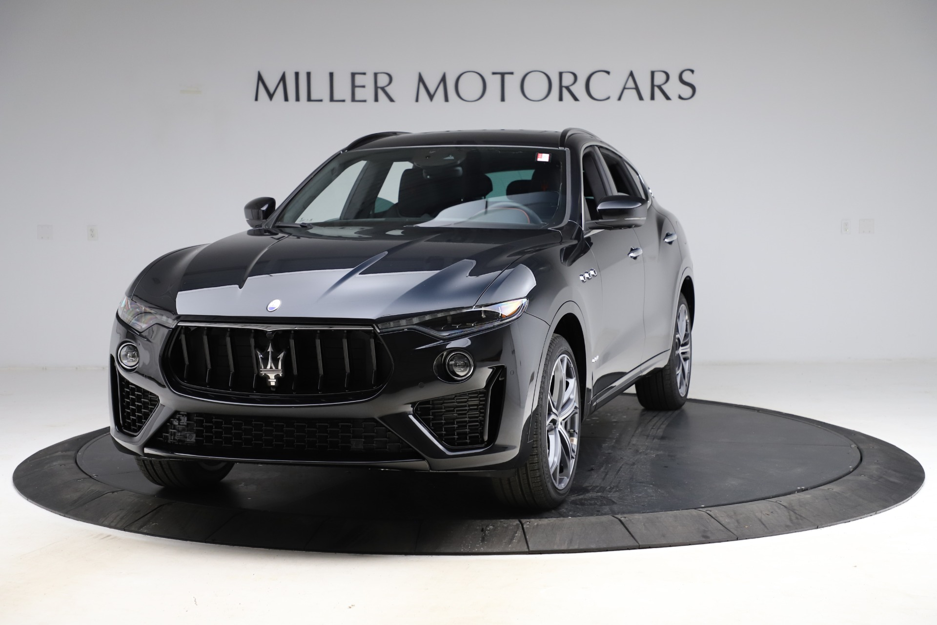 New 2021 Maserati Levante Q4 GranSport for sale $94,985 at Pagani of Greenwich in Greenwich CT 06830 1