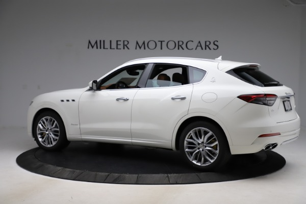 New 2021 Maserati Levante Q4 GranLusso for sale $89,535 at Pagani of Greenwich in Greenwich CT 06830 4