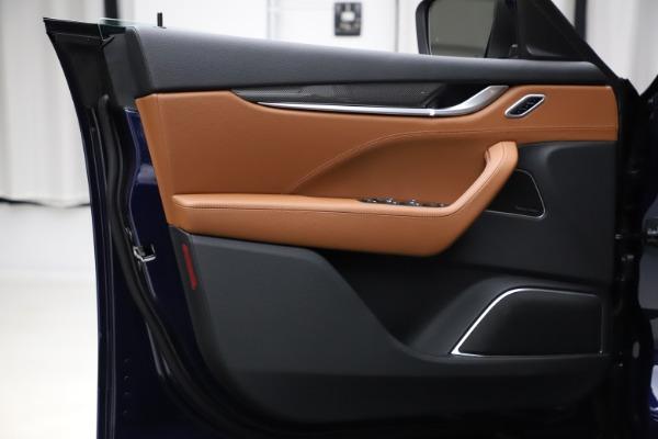 New 2021 Maserati Levante S Q4 GranSport for sale $100,185 at Pagani of Greenwich in Greenwich CT 06830 17