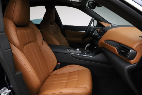 New 2021 Maserati Levante S Q4 GranSport for sale $100,185 at Pagani of Greenwich in Greenwich CT 06830 23