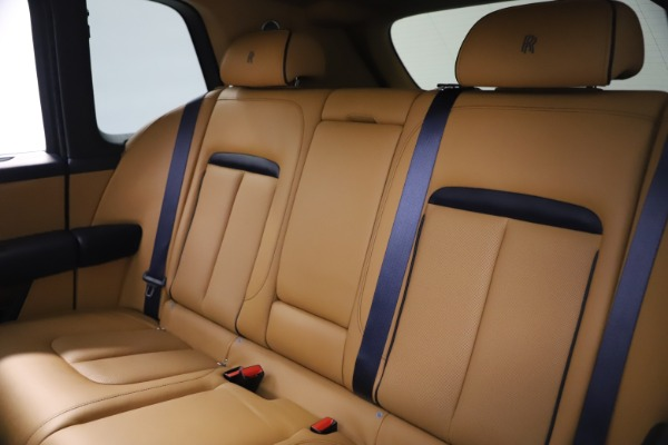 Used 2019 Rolls-Royce Cullinan for sale Sold at Pagani of Greenwich in Greenwich CT 06830 19