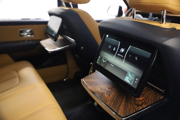 Used 2019 Rolls-Royce Cullinan for sale Sold at Pagani of Greenwich in Greenwich CT 06830 21