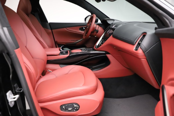 New 2021 Aston Martin DBX for sale $200,986 at Pagani of Greenwich in Greenwich CT 06830 20