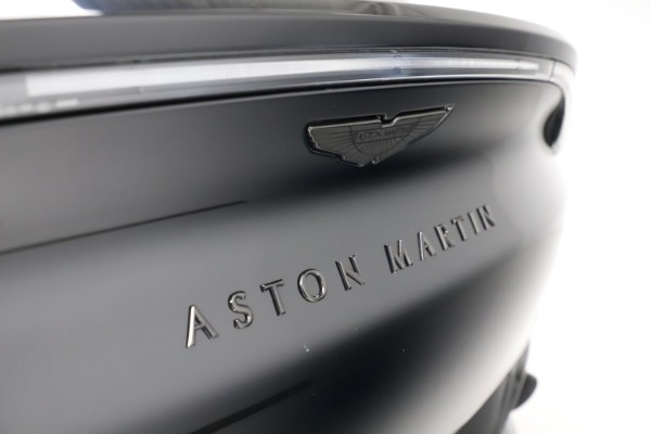 New 2021 Aston Martin DBX for sale $200,986 at Pagani of Greenwich in Greenwich CT 06830 22