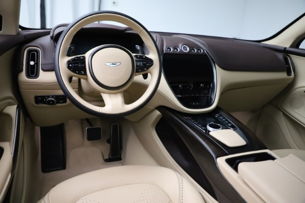 New 2021 Aston Martin DBX for sale $215,386 at Pagani of Greenwich in Greenwich CT 06830 13
